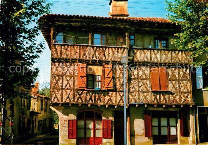 AK / Ansichtskarte Muret_Haute Garonne Patrie du Marechal Niel et de Clement Ader Vieille maison du XIII siecle Muret Haute Garonne