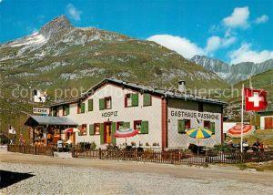 AK / Ansichtskarte Oberalp Oberalppass Gasthaus Passhoehe mit Piz Tiarms Schweizer Flagge Oberalp