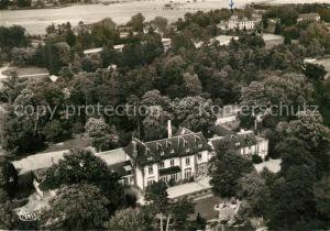 AK / Ansichtskarte Verneuil sur Avre Ecole des Roches Maison du Vallon Maison Coteau Sallons vue aerienne Verneuil sur Avre