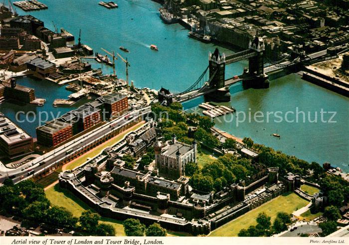 AK / Ansichtskarte London Fliegeraufnahme London Tower Tower Bridge London