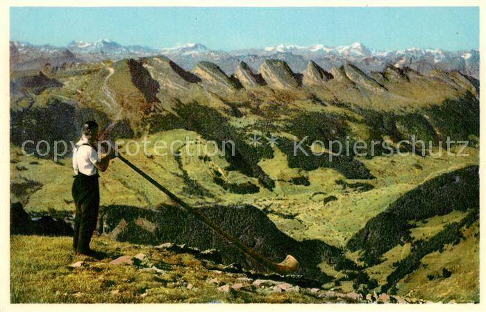 AK / Ansichtskarte Alphorn Alphornblaeser Saentis Churfirsten  Alphorn