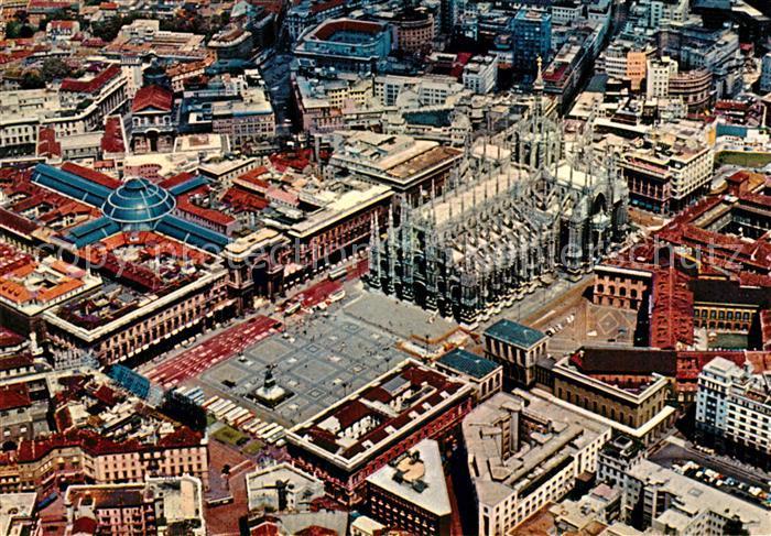 AK / Ansichtskarte Milano Fliegeraufnahme Piazza del Duomo  Milano