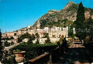 Taormina_Italien Panoramica dal giardino pubblico Taormina Italien