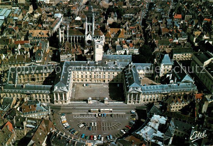 Dijon_Cote_d_Or Place de la Liberation Palais des Ducs de Bourgogne Eglise Notre Dame vue aerienne Dijon_Cote_d_Or