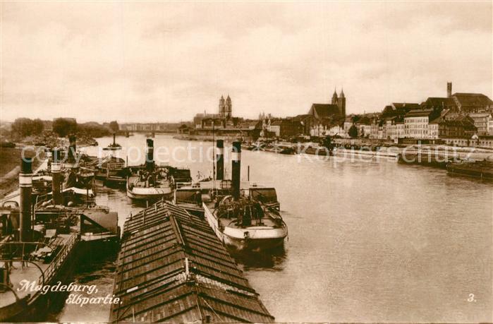 AK / Ansichtskarte Magdeburg Frachterliegeplatz an der Elbe Magdeburg