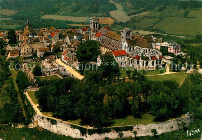AK / Ansichtskarte Vezelay Fliegeraufnahme la Baslique Sainte Madeleine Vezelay