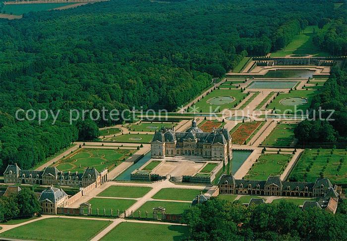 AK / Ansichtskarte Maincy Fliegeraufnahme Chateau de Vaux le Vicomte Maincy