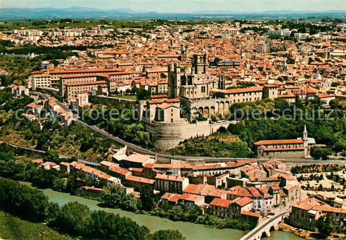 AK / Ansichtskarte Beziers Fliegeraufnahme Cathedrale Sankt Nazaire Beziers