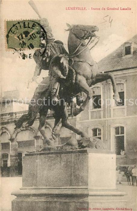 AK / Ansichtskarte Luneville Statue de General Lasalle Luneville