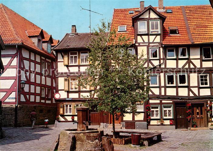 AK / Ansichtskarte Alsfeld Brunnen Fachwerkhaeuser Altstadt Alsfeld