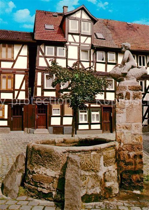 AK / Ansichtskarte Alsfeld Grabbrunnen Fachwerkhaeuser Altstadt Alsfeld