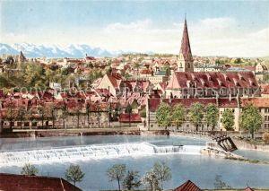 AK / Ansichtskarte Kempten_Allgaeu Stadtbild mit Kirche Iller Wehr Alpen Kempten Allgaeu