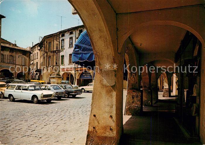 AK / Ansichtskarte Bagnols sur Ceze Place de la Mairie et ses arcades Bagnols sur Ceze