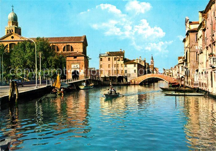 AK / Ansichtskarte Chioggia_Venetien Il Duomo e veduta parziale della citta Chioggia Venetien
