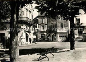 AK / Ansichtskarte Le_Bugue Place de Hotel de Ville Le_Bugue