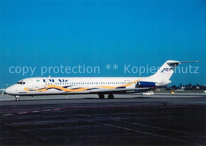 AK / Ansichtskarte Flugzeuge_Zivil Um Air DC 9 51 UR CCS c n 47737 Flugzeuge Zivil
