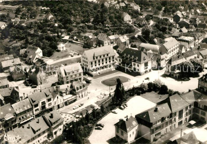 AK / Ansichtskarte Niederbronn les Bains Rond Point Hotel de Ville  Niederbronn les Bains