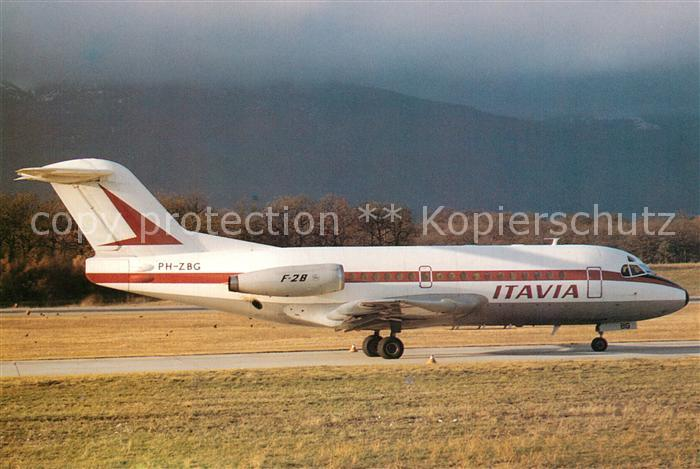 AK / Ansichtskarte Flugzeuge_Zivil Itavia Fokker F28 1000 PH ZBG c n 11027 Flugzeuge Zivil
