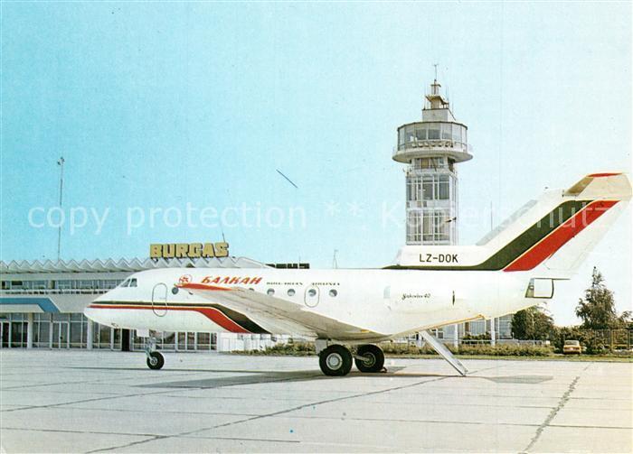 AK / Ansichtskarte Flugzeuge_Zivil Balkan Airport Burgas Yak 40 LZ DOK Flugzeuge Zivil