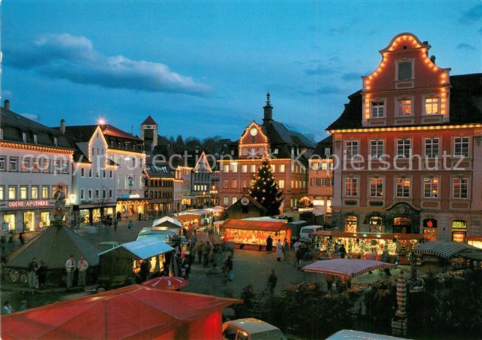 Schwäbisch Gmünd Weihnachtsmarkt.Schwaebisch Gmuend Weihnachtsmarkt Am Oberen Marktplatz Mit Koenigsturm Und Rathaus Schwaebisch Gmuend