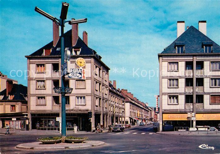 AK / Ansichtskarte Elbeuf Le rond point place du calvaire la rue des martyrs Elbeuf