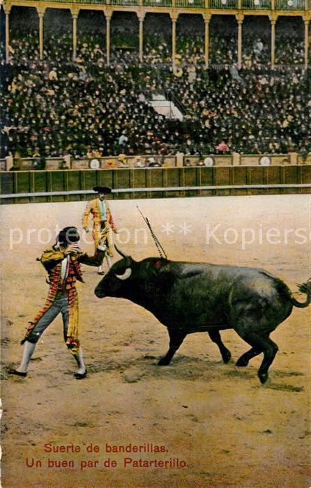 AK / Ansichtskarte Stierkampf Suerte de Banderillas Buen par de Patarterillo  Stierkampf