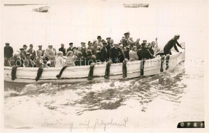 AK / Ansichtskarte Helgoland Boots Anlandung Helgoland