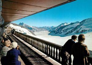 AK / Ansichtskarte Jungfraujoch Terrasse Berghaus Aletschgletscher Jungfraujoch