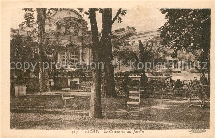 AK / Ansichtskarte Vichy_Allier Le Casino vu du Jardin Vichy Allier