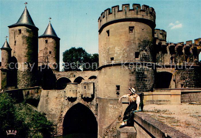 AK / Ansichtskarte Metz_Moselle Jeune Lorraine et Porte des Allemands Deutsches Tor Metz_Moselle