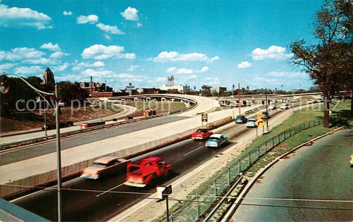 AK / Ansichtskarte Autobahn Junction Edsel Ford Expressway John Lodge Expressway Detroit  Autobahn