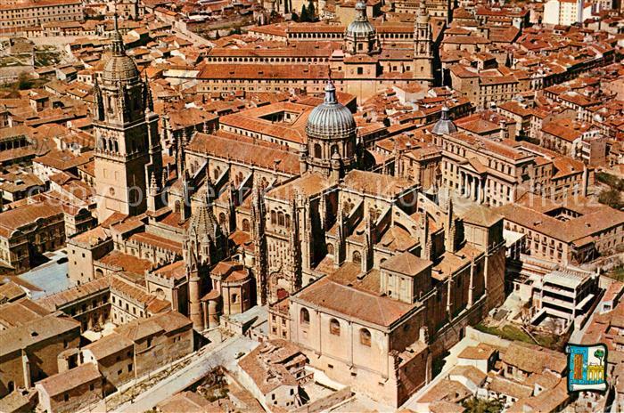 AK / Ansichtskarte Salamanca Cathedrales Vista aerea Salamanca