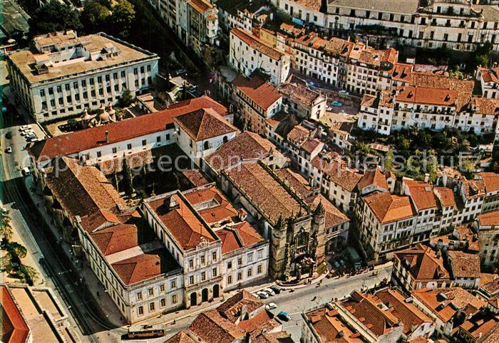AK / Ansichtskarte Coimbra Ingreja de Santa Cruz e Camara Vista aerea Coimbra