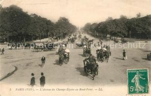 AK / Ansichtskarte Paris Avenue des Champs Elysees au Rond Point Paris