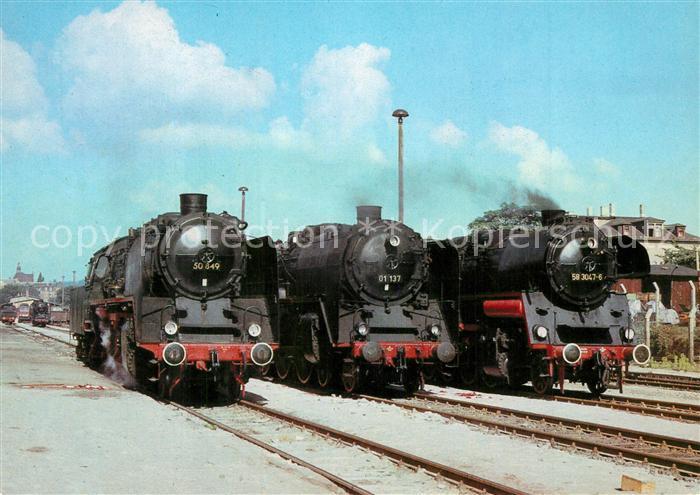 AK / Ansichtskarte Lokomotive Fahrzeugausstellung Bahnhof Radebeul Ost Lokomotive