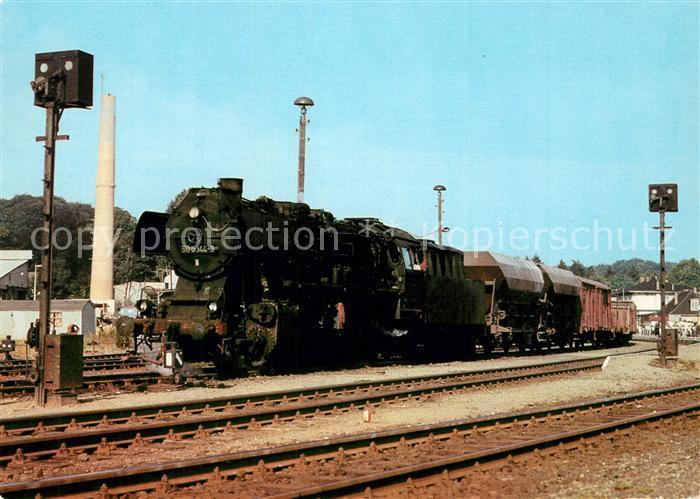 AK / Ansichtskarte Lokomotive Dampflokomotive 50 0044 3 Bahnhof Bad Doberan  Lokomotive