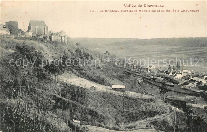 AK / Ansichtskarte Chevreuse Le Chateau Fort de la Madeleine et la Vallee a Chevreuse Chevreuse