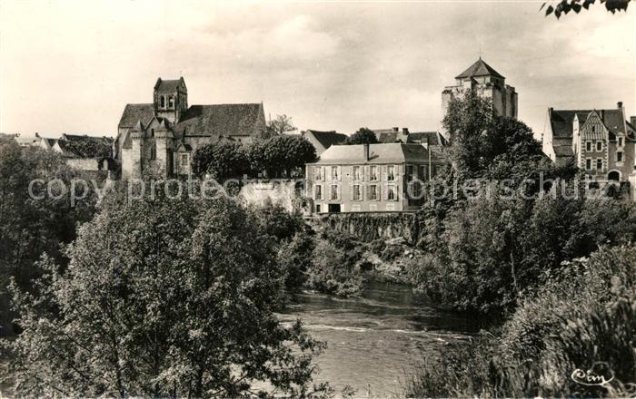 AK / Ansichtskarte La_Roche Posay Le Donjon Eglise fortifiee et Hostellerie du Val de Creuse La_Roche Posay