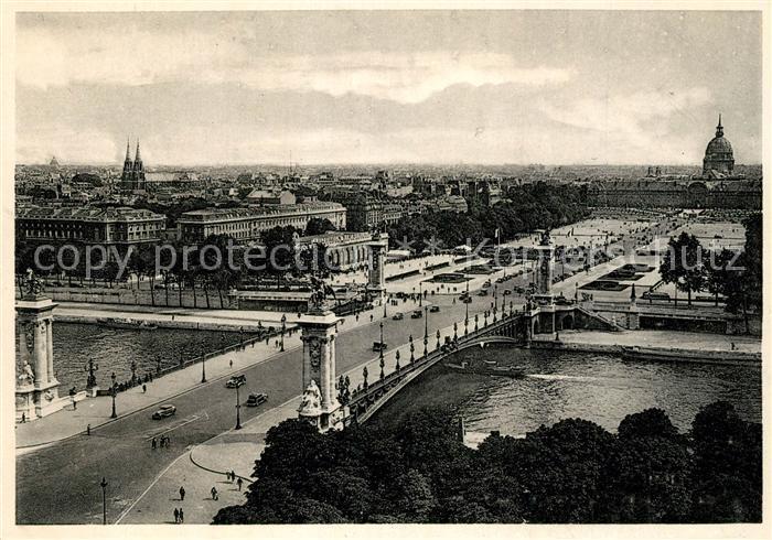 AK / Ansichtskarte Paris Le Pont Alexandre III et l'Esplanade des Invalides Paris
