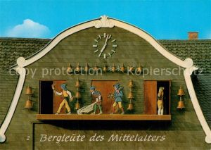 AK / Ansichtskarte Goslar Glockenspiel Marktplatz Bergleute des Mittelalters Goslar