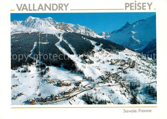 AK / Ansichtskarte Peisey Nancroix Vue aerienne Les stations et les pistes Peisey Nancroix