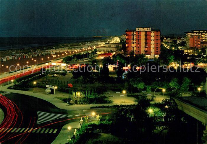 AK / Ansichtskarte Rimini Nachtaufnahme Strandpromenade Rimini