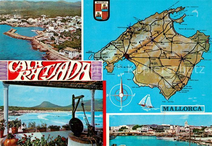 AK / Ansichtskarte Cala_Ratjada_Mallorca Fliegeraufnahme Strand Hafen Inselkarte Cala_Ratjada_Mallorca 0
