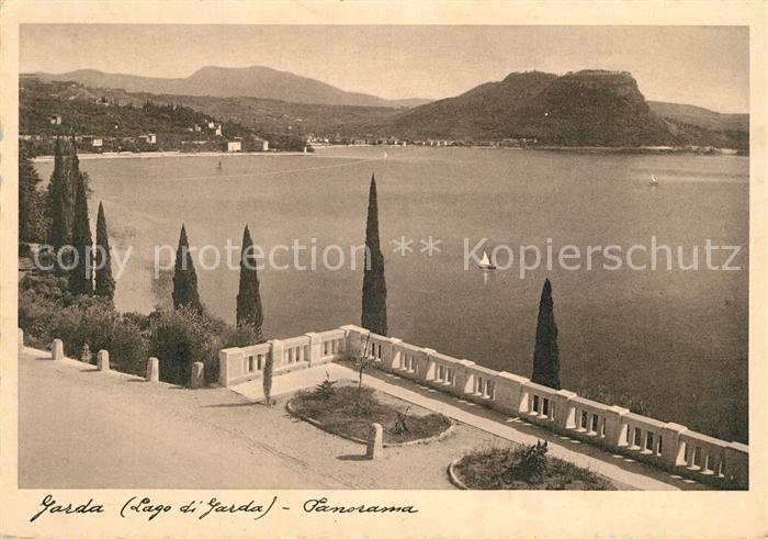 AK / Ansichtskarte Garda_Lago_di_Garda Terrasse am See Garda_Lago_di_Garda 0