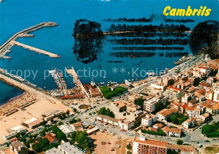 AK / Ansichtskarte Cambrils Fliegeraufnahme mit Hafen  Cambrils