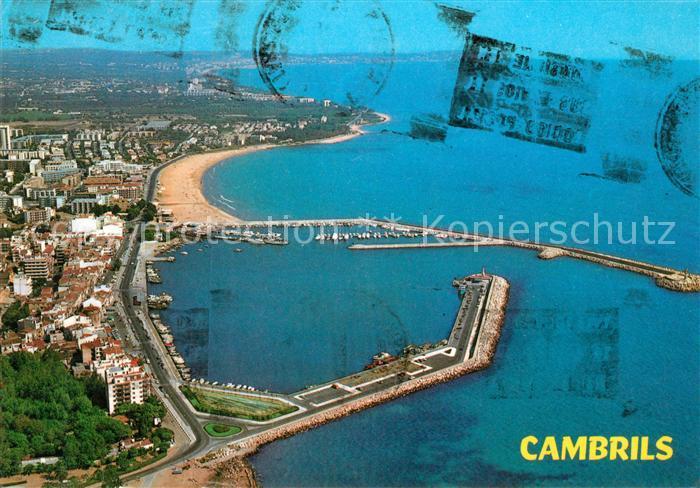 AK / Ansichtskarte Cambrils Fliegeraufnahme mit Hafen und Strand Cambrils