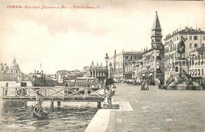 AK / Ansichtskarte Venezia_Venedig Riva degli Schiavonie e Monumento a Vittorio Emanuele II Venezia Venedig