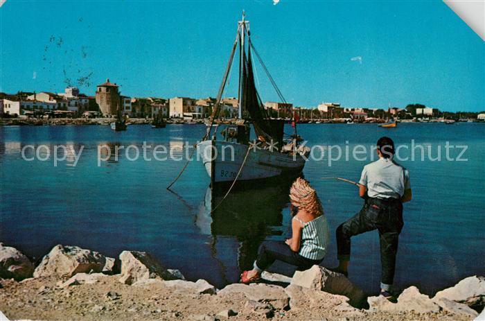 AK / Ansichtskarte Cambrils Puerto Hafen Fischkutter Angler Cambrils