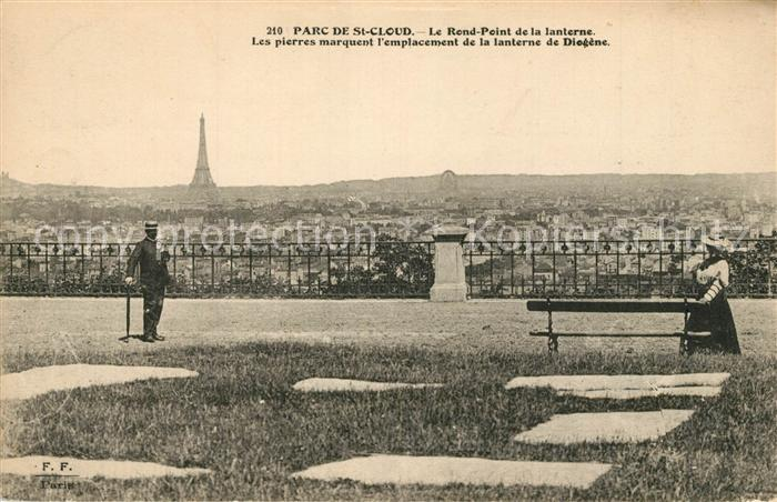 AK / Ansichtskarte Saint_Cloud Rond Point de la lanterne du parc vue sur Paris avec la Tour Eiffel Saint Cloud
