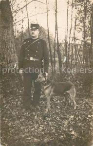 AK / Ansichtskarte Polizei Polizist Schaeferhund  Polizei